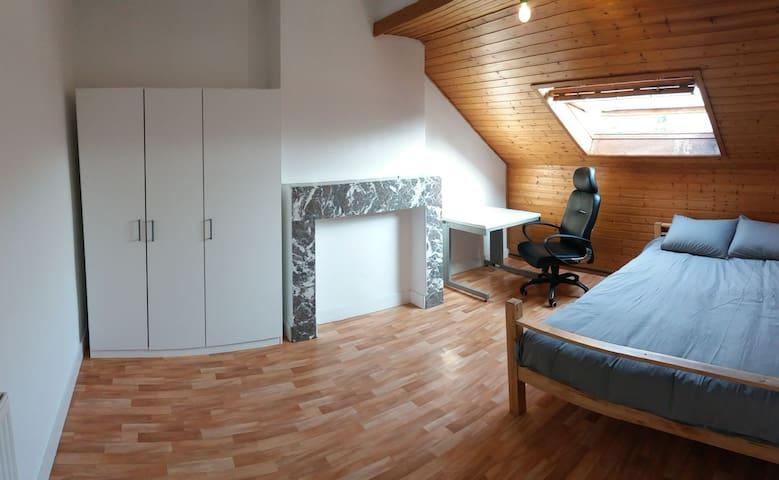 Quiet private room