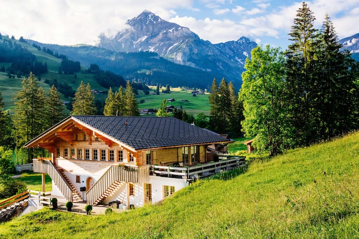 Luxury Farmhouse near Gstaad, sleeps 8+