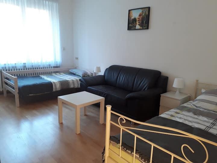 Schöne, helle 2-Zi-Wohnung in Jugendstilhaus