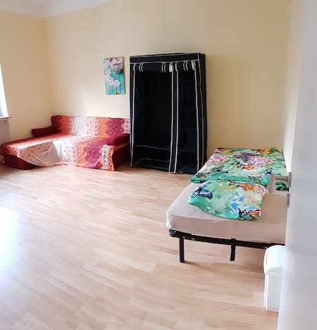 Charming room for max. 5 pers. - Wuppertal - Dom