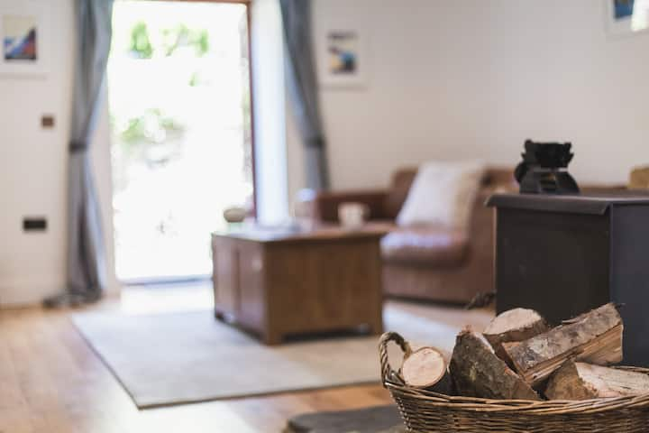 The Stables barn conversion sleeps 5- dog friendly