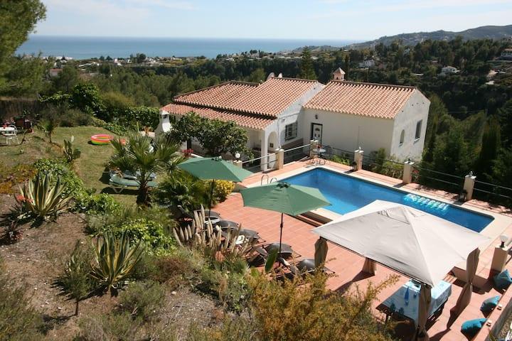 Villa Tres Niñas