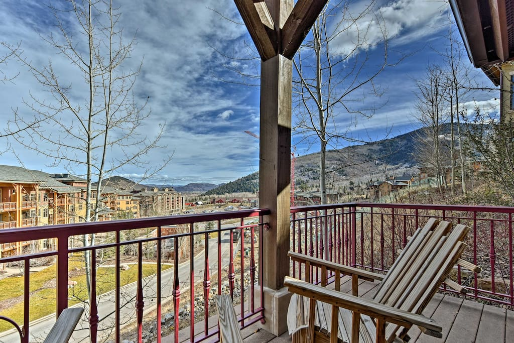 After a day on the slopes, relax on your front porch and enjoy the beautiful mountain vistas.