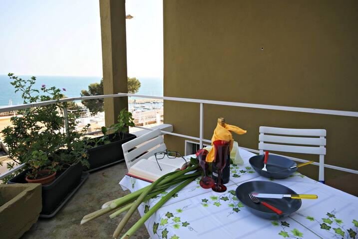 Amazing sea view holiday rental | Ap139