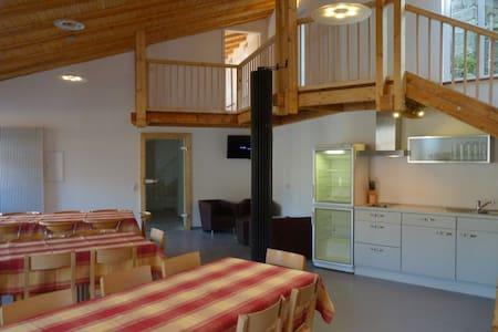 Eifel Ferienwohnung bis 10 Gäste - nähe Luxemburg - Eifelkreis Bitburg-Prüm - Lakás