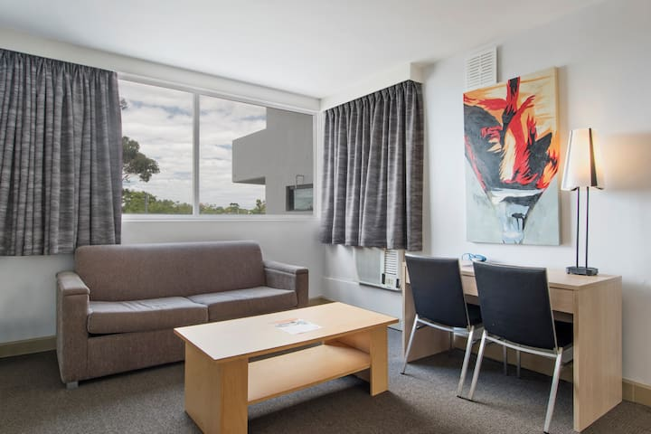 One Bedroom Apartment - Metro Hotel Perth