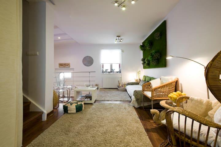 Villa adosada playa/centro ciudad+terraza+parking