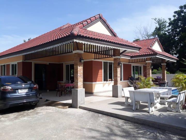 phirawan  Seaview