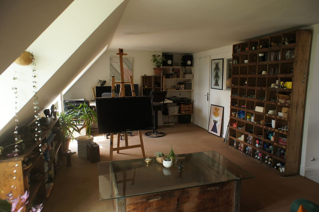 Appartement d 39 artistes xi me appartements louer for Achat appartement atypique ile de france
