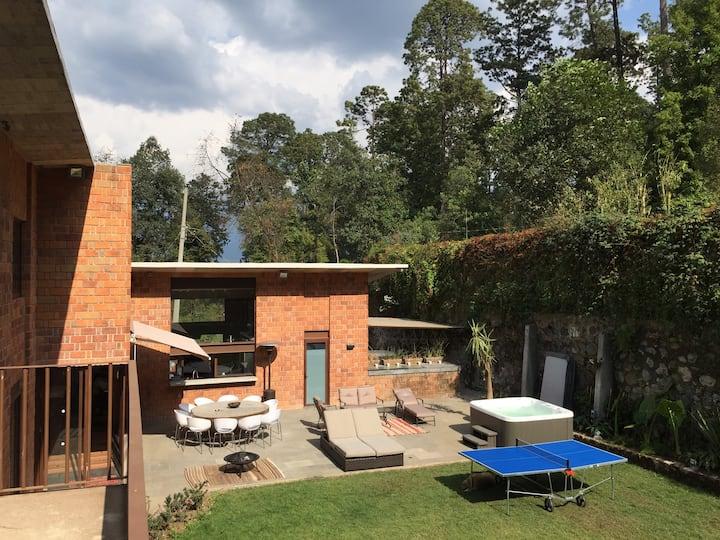 Relaxing, luxury Avandaro villa