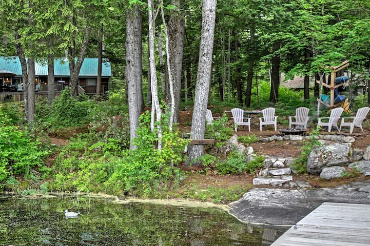 Lakefront Denmark Cottage w/Dock,Canoe & 4 Kayaks!