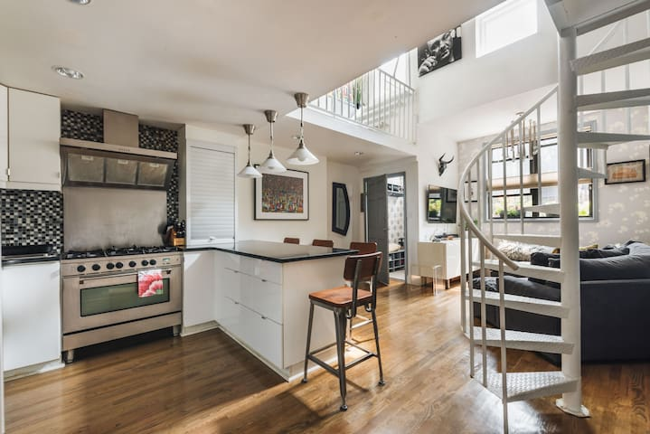 Charm & style galore in Boerum Hill 2BR duplex