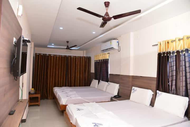 6 Bed Room AC