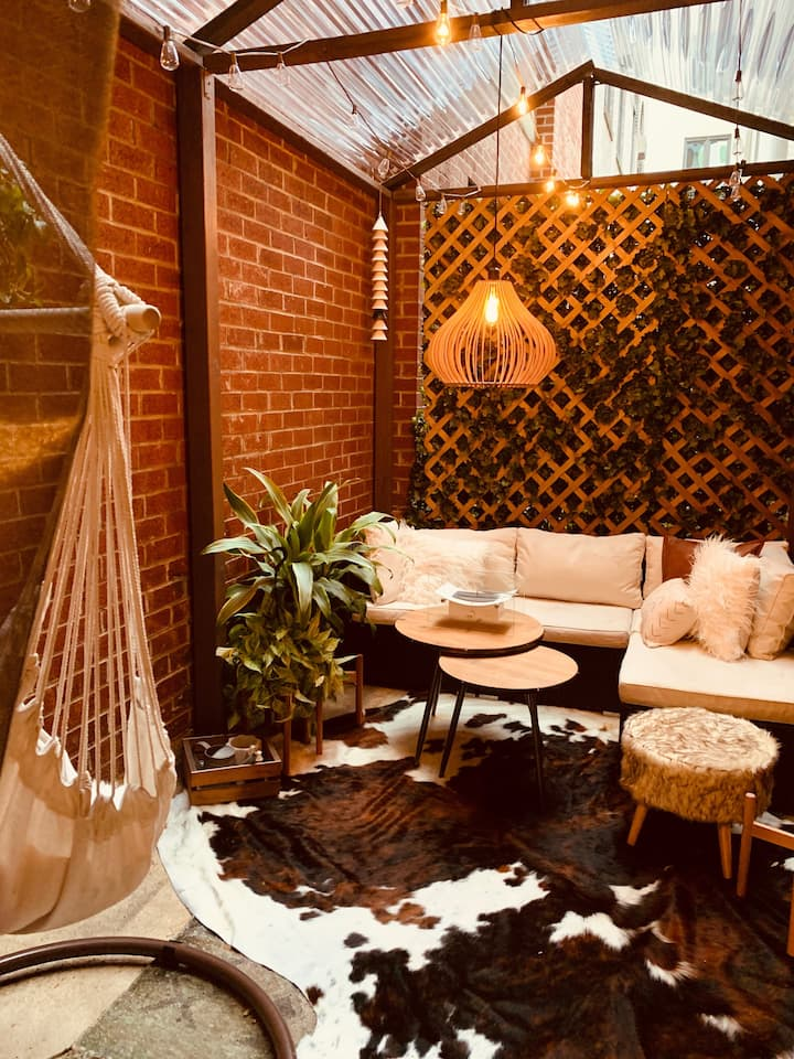 Spacious Designer Loft with Outdoor Covered Patio