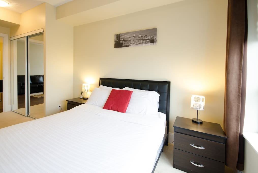 Rooms For Rent Mississauga Near Square One