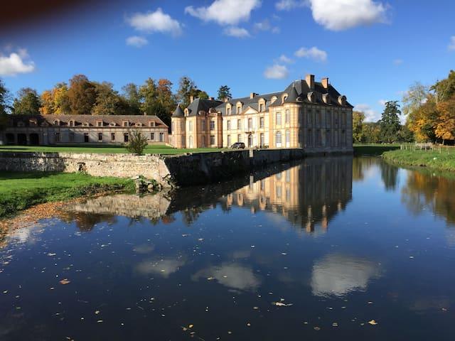 Trois chambres dans un château - Montigny-sur-Avre