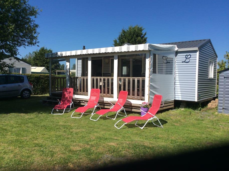 mobil home st arnoult deauville bungalows for rent in saint arnoult normandie france. Black Bedroom Furniture Sets. Home Design Ideas
