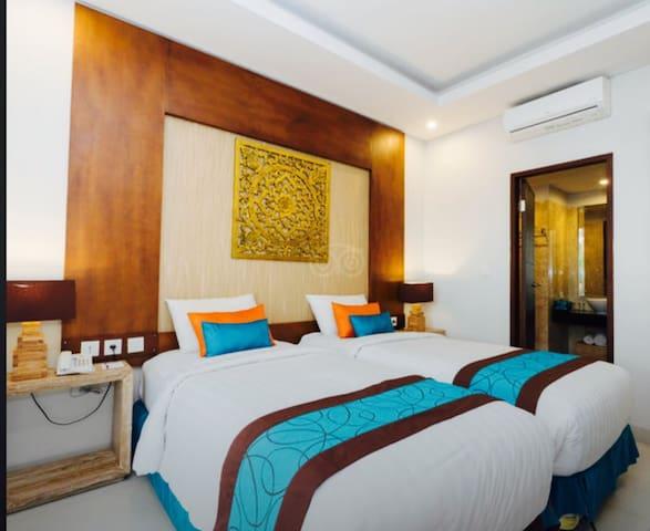 Poolside Room Only at Seminyak - Kabupaten Badung - ที่พักพร้อมอาหารเช้า