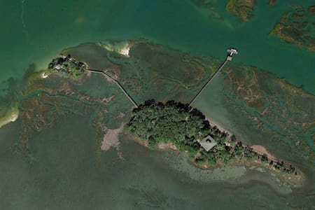 The Private Islands of Old House Cay