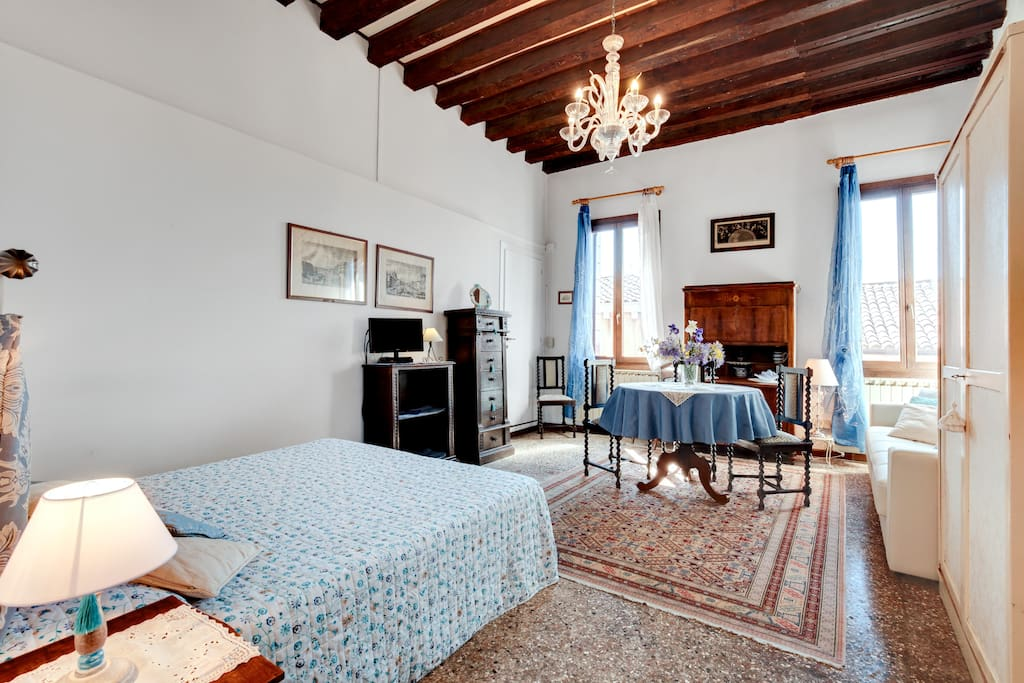 Livingroom/Bedroom 2