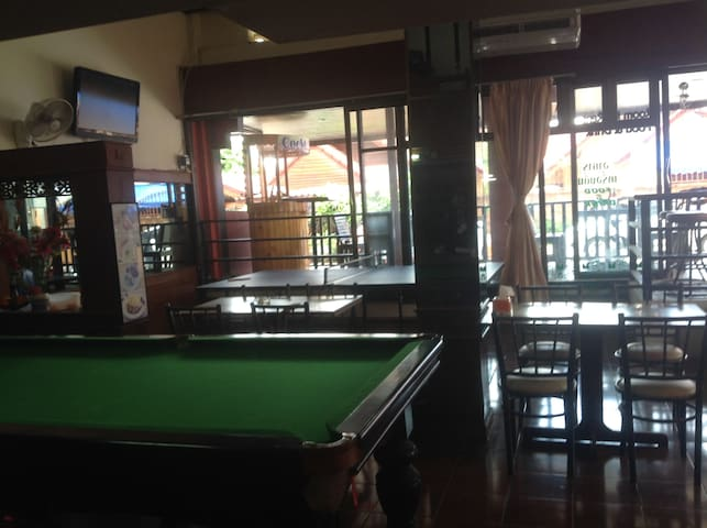 Restaurant with Snooker/ Ping Pong Table