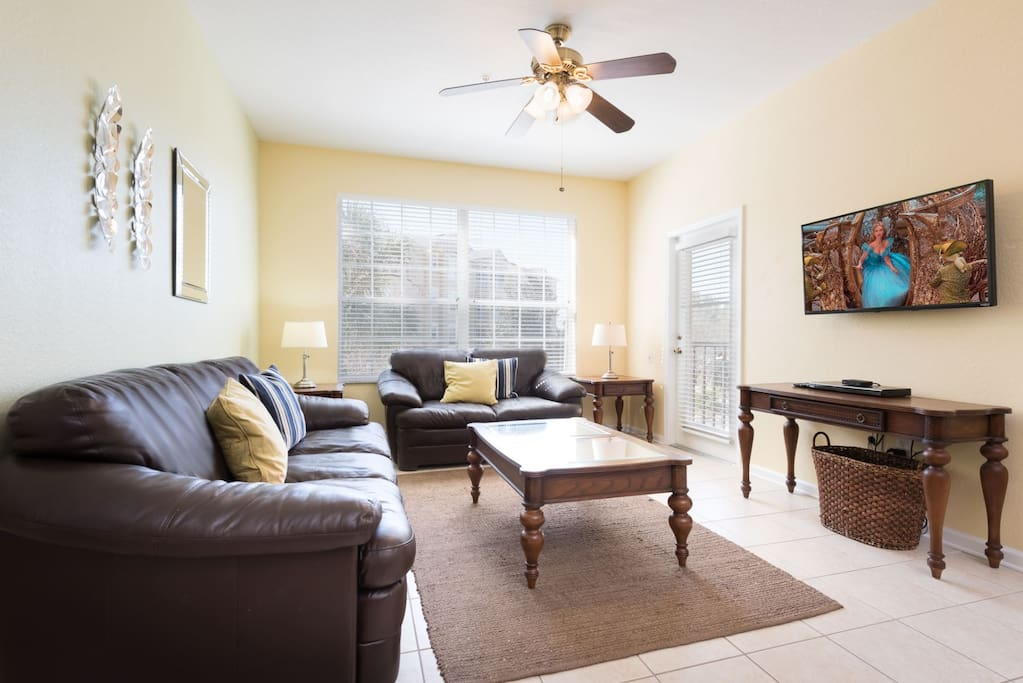 Open plan spacious living area with SMART LCD Cable TV