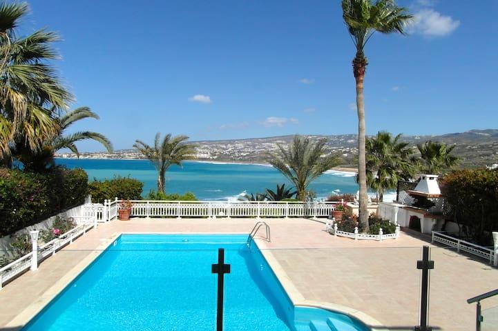 Lasabana, A Luxury Seafront Villa with heated pool