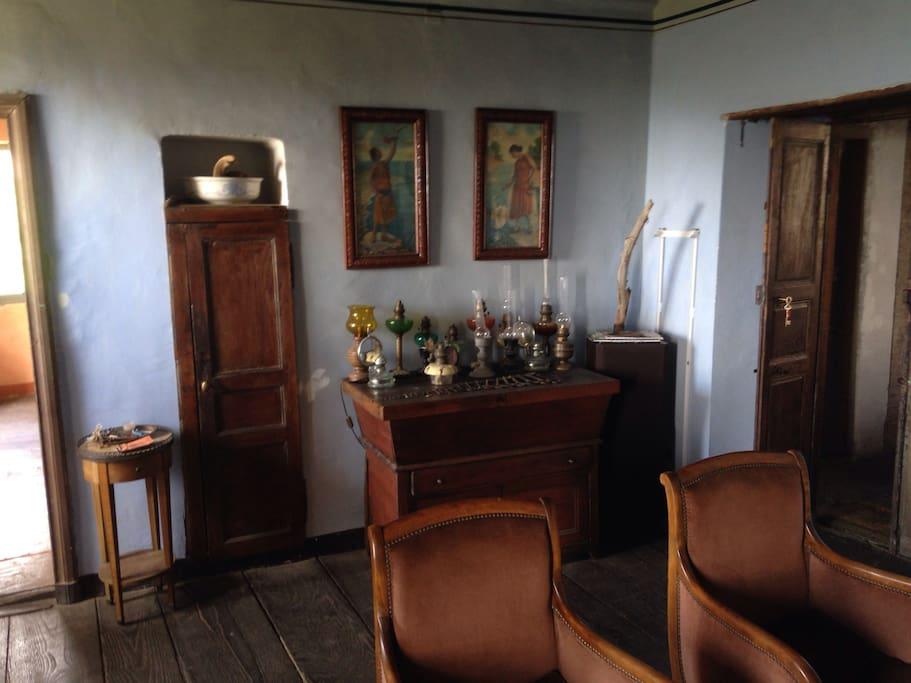 L'entrée et le salon