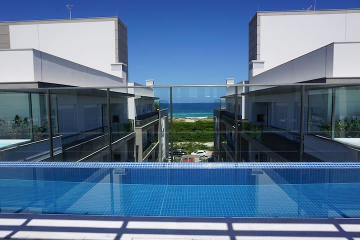 CAMPECHE, lindo e em frente ao mar! - Florianópolis - Lejlighed
