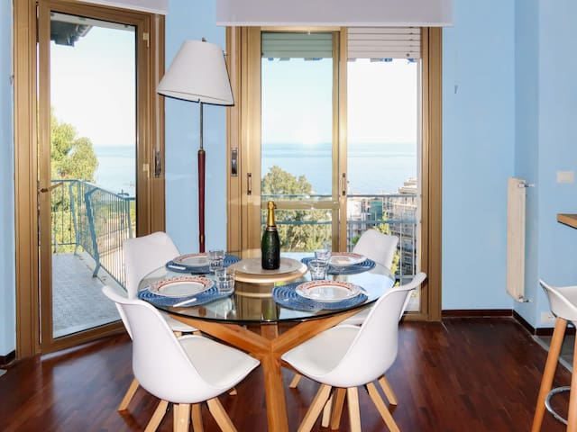 Holiday apartment BELLAVISTA in San Remo
