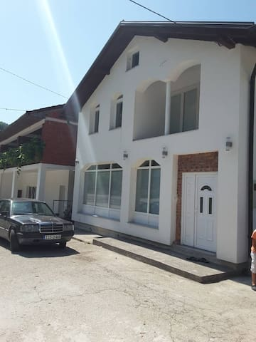 A&N by Vrbas river guest house