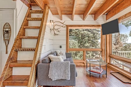 Dreamy Treehouse Above Park City, Utah