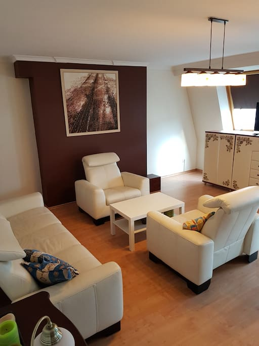 Salon ponad 50 m2
