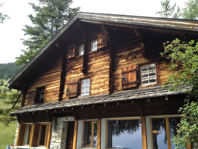 Chalet Clary