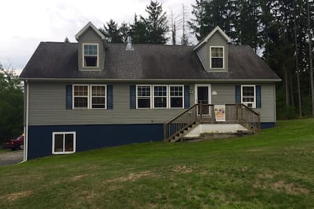 Family-friendly home near Ithaca - Newfield
