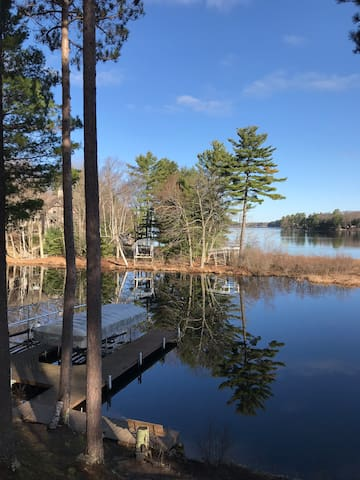 MINOCQUA Chain of Lakes. Beautiful loft Great view