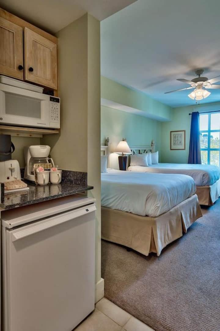 Studio Condo at Sandestin in Baytowne Wharf!
