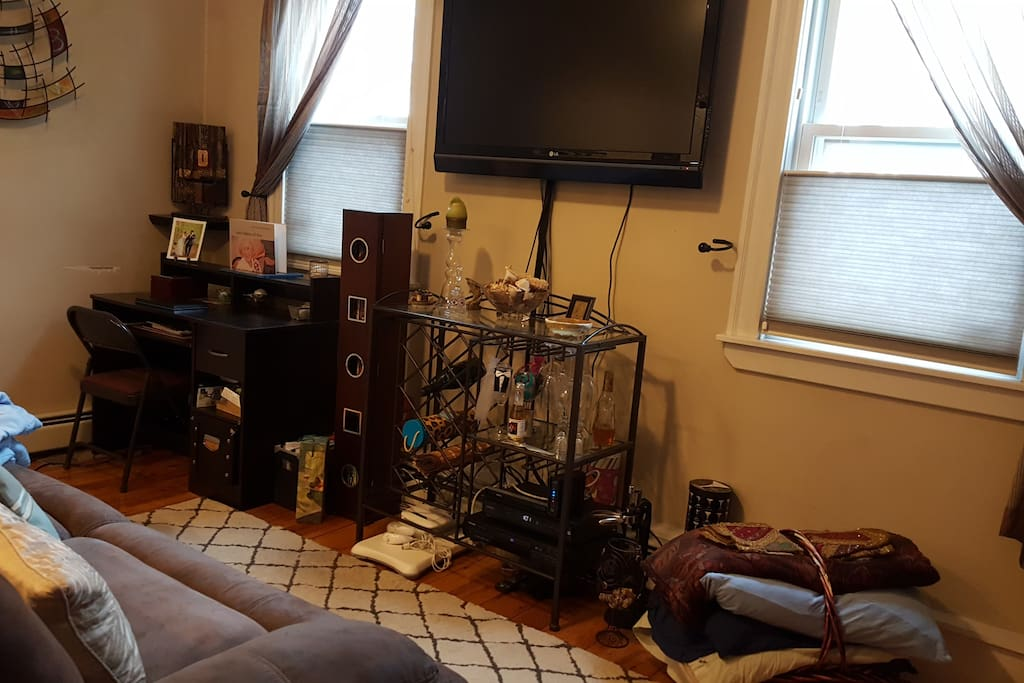 HD Flat Screen TV with full cable and all movie channels
