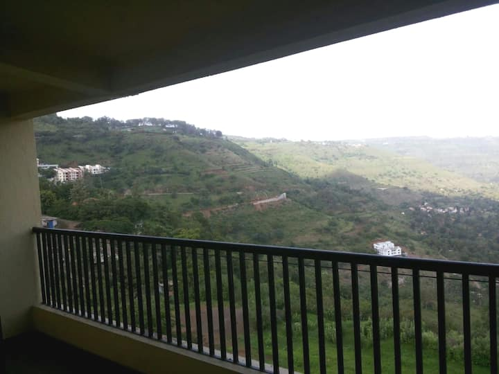 Valley View AC 1bhk apartment with balcony