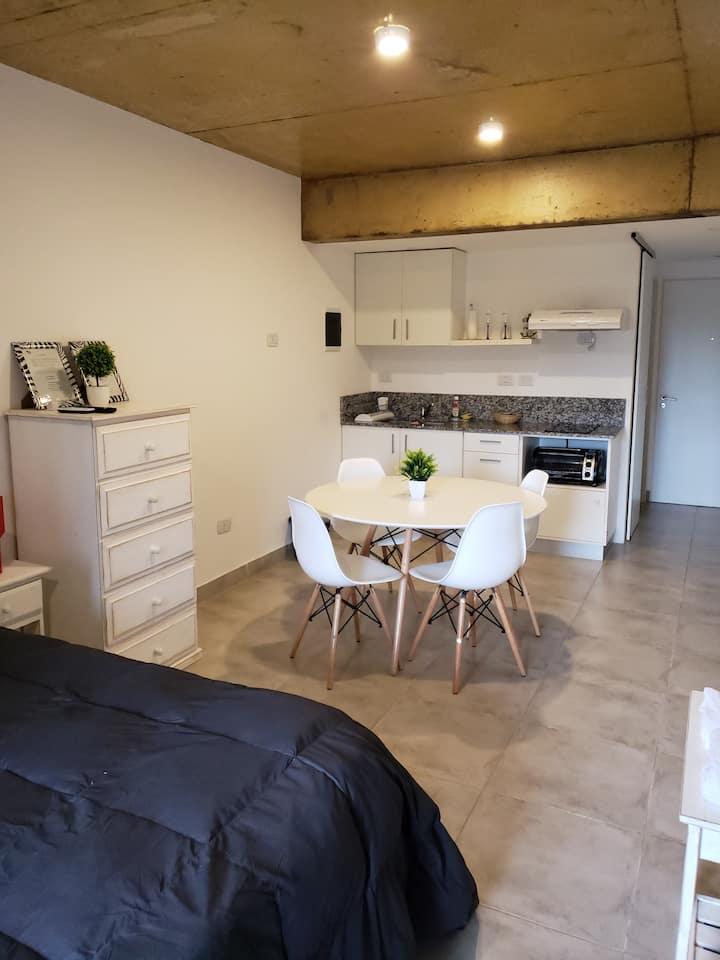 Apart Studio 44