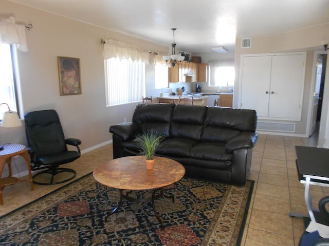 Fully Furnished, Private, Great Location & Clean!