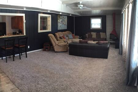 ~Spacious & Cozy~ - Louisville - Casa