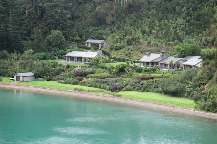 Luxury Beach House Retreat