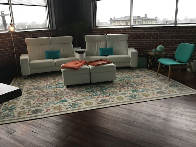 Spacious modern loft