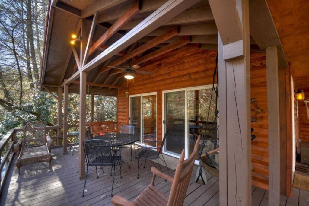 Down on the Creek - Porch w/ Outdoor Seating