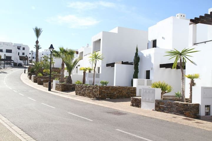 Mojacar Holiday - Luxury Beach Resort. - Mojácar - Huoneisto