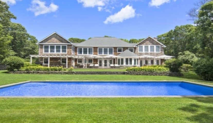 Beautiful Amagansett Oasis