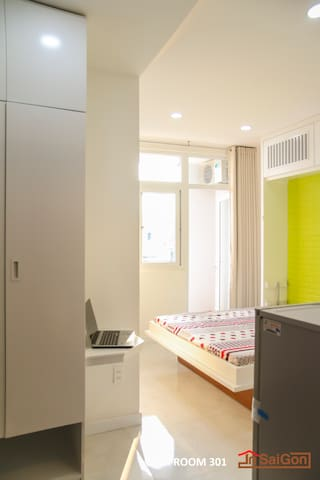 Smart Studio Apartment Balcony 10min to center 701