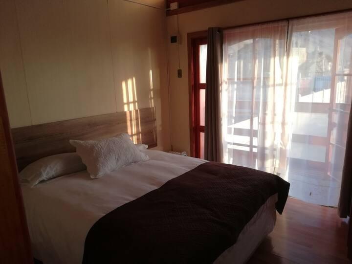 Hotel y Cabañas LICANANTAY