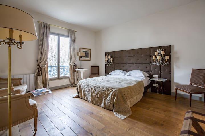 Clos du Marais - Paris